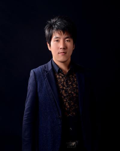 设计总监  李峰