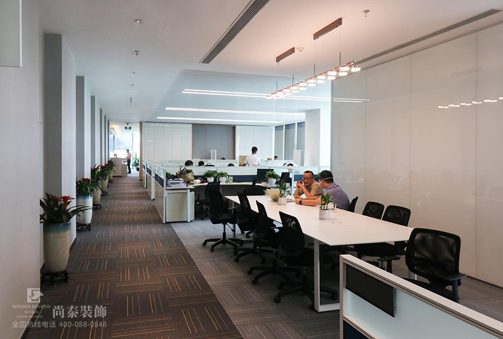 2000平米办公室江苏11选5走势图下载实景图-融创中国(深圳)