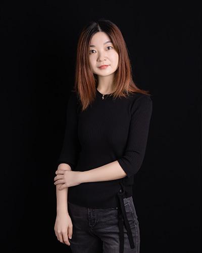 设计总监   荣红俊